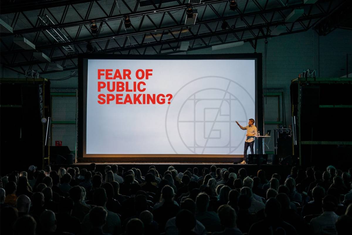 4 Tips to Conquer Public Speaking
